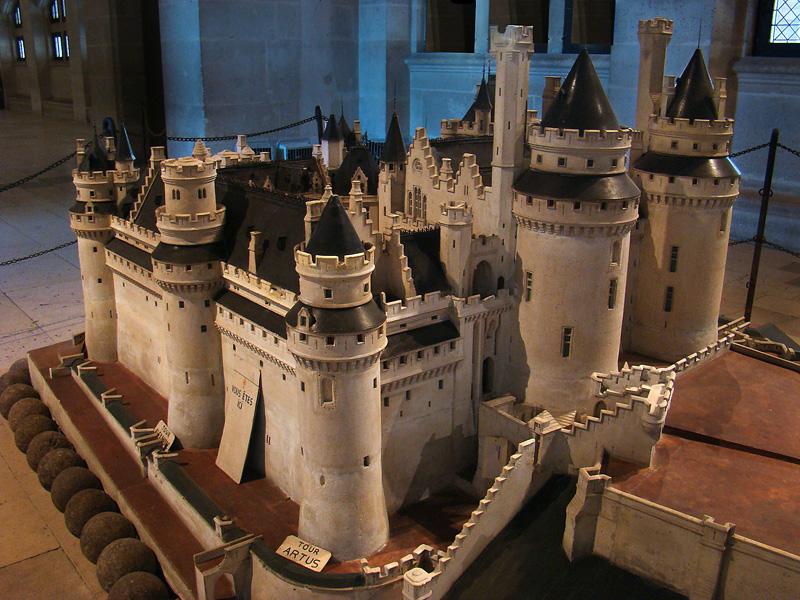 Dioramas Of Medieval Castles on Medieval Castle Floor Plans