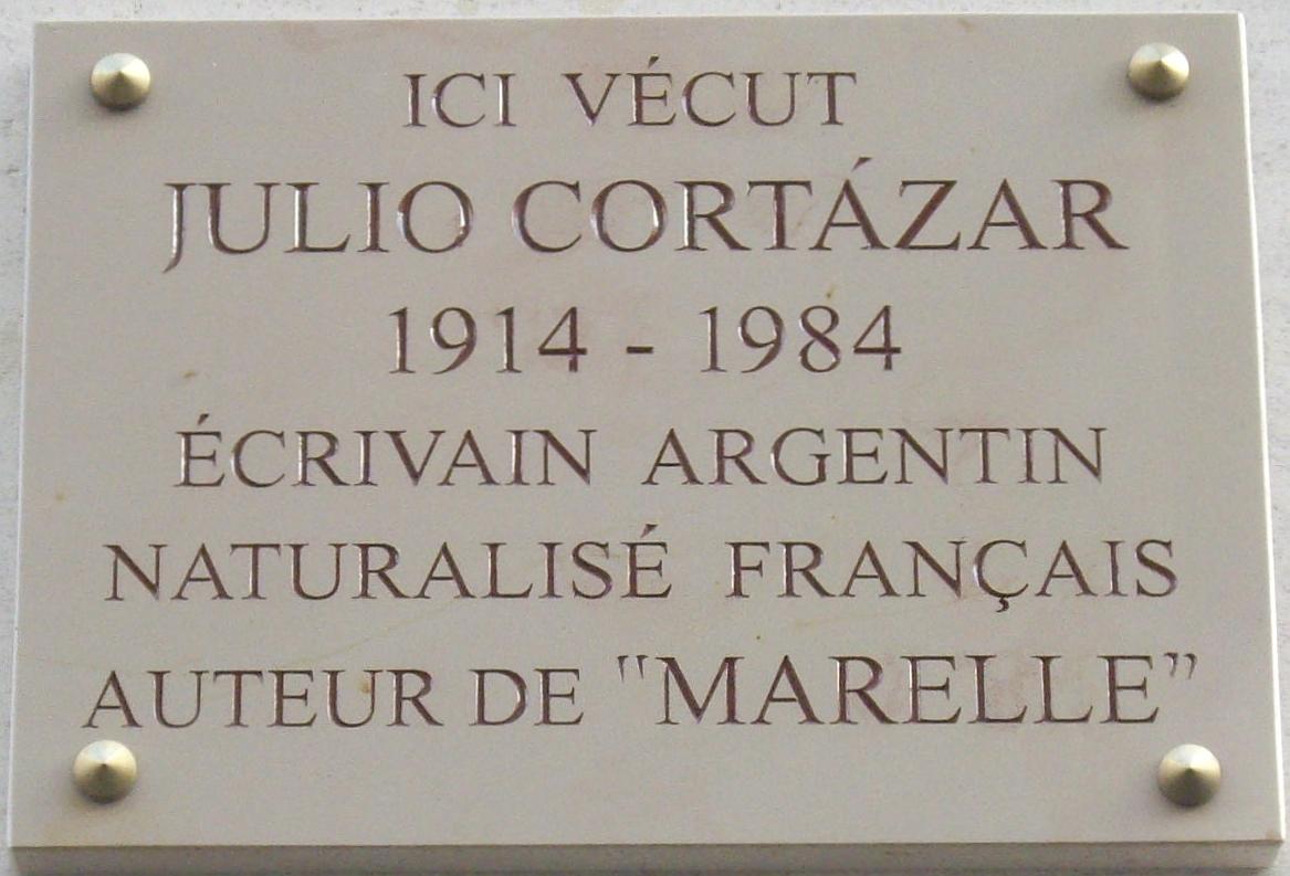 Placa conmemorativa en la calle Martel de París