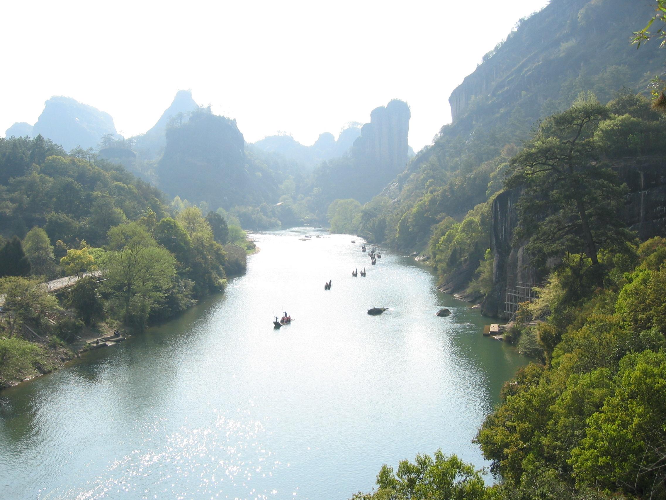Nio krökars flod vid Wuyishan