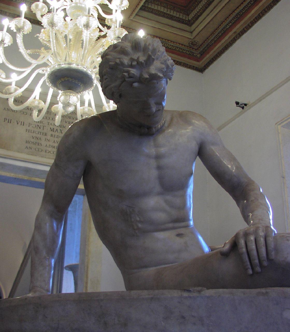 File:Roma-musei capitolini-galata morente.jpg - Wikimedia ...