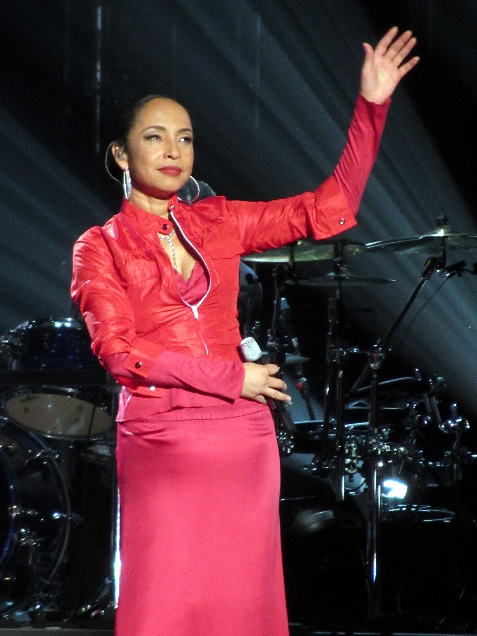 Sade (singer) - Wikipedia Sade