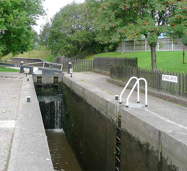 Stoke Bottom Lock, Stoke-on-Trent, Staffordshire - geograph.org.uk - 1599050