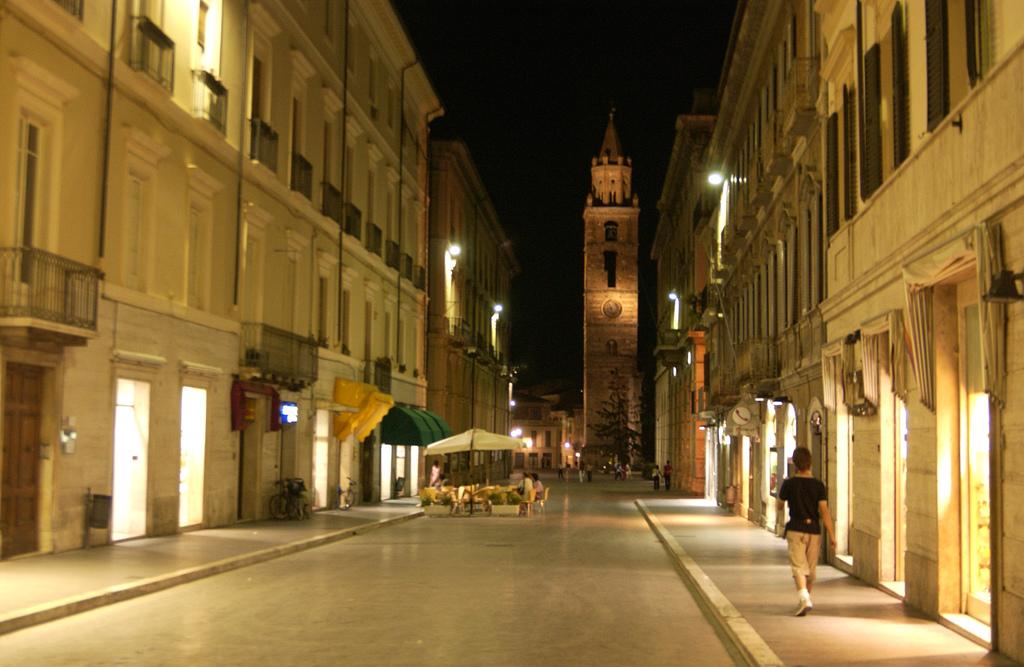 File:Teramo Abruzzo Italy.jpg - Wikimedia Commons