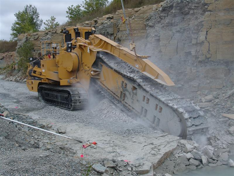 posatubi  pipelayer-posatubi Tesmec_M5_Mechanical_Trencher_in_Seymour%2C_WI