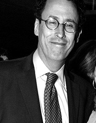 File:Tony Kushner 2009.jpg