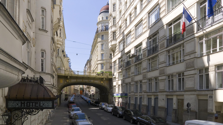 Wien 01 Tiefer Graben a.jpg