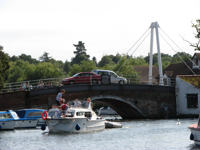 Wroxham bridge - geograph.org.uk - 939845