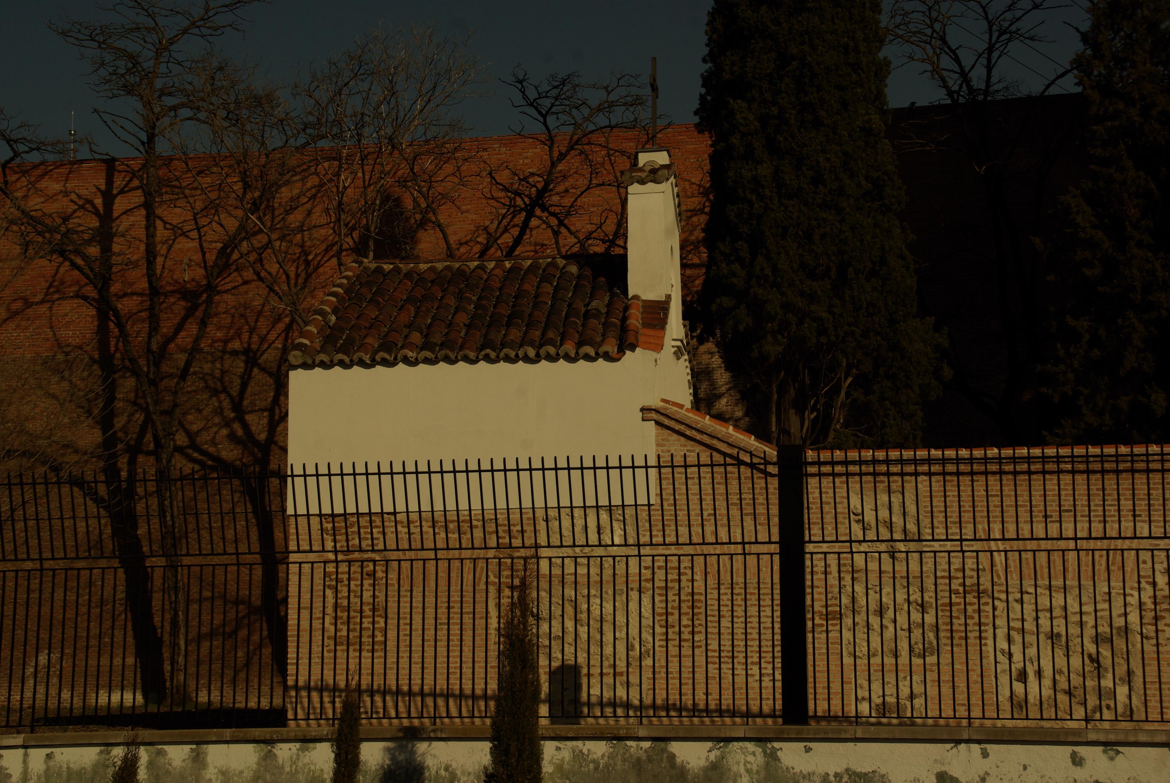 File s d madrid parque del oeste cementerio for Cementerio jardin del oeste
