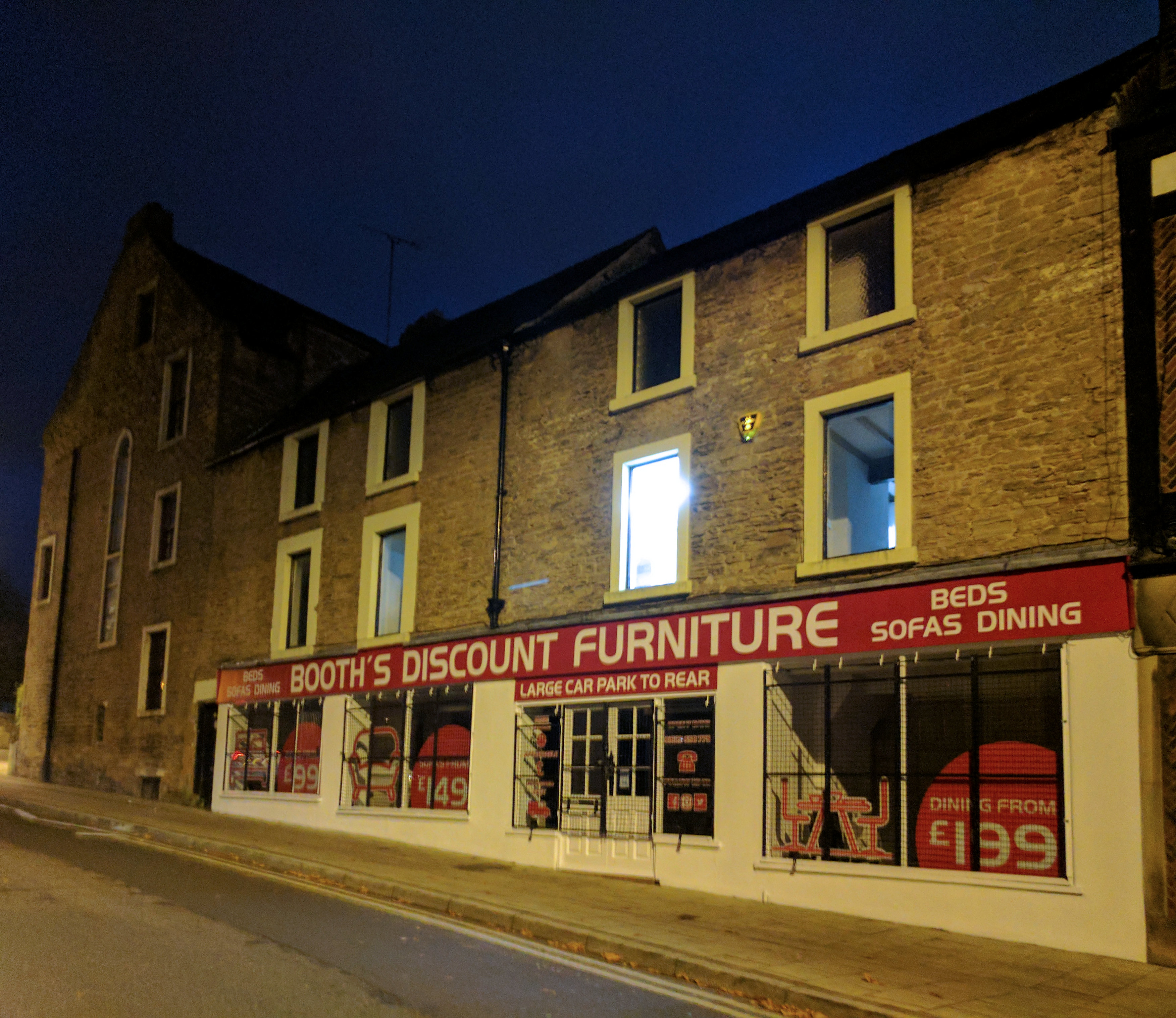 File:10 16, Church Side, Mansfield (Now A Discount Furniture Store