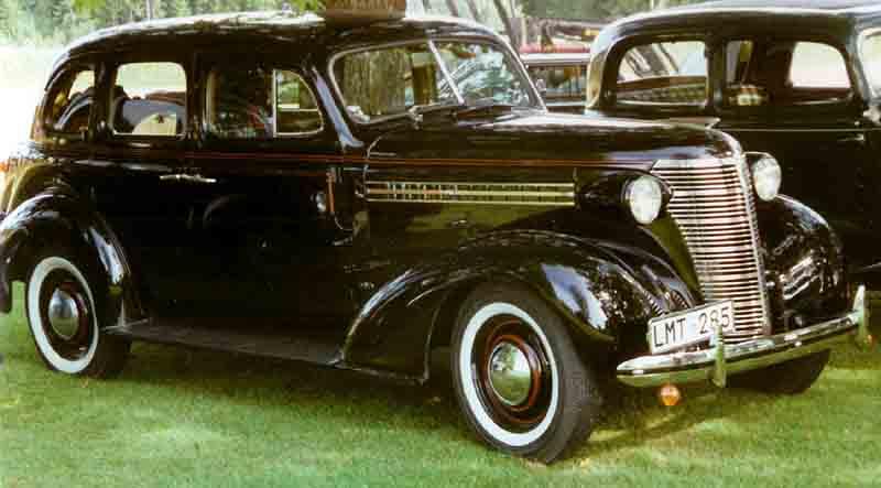 Description 1938 Chevrolet Master 4-Door Touring Sedan LMT285.jpg