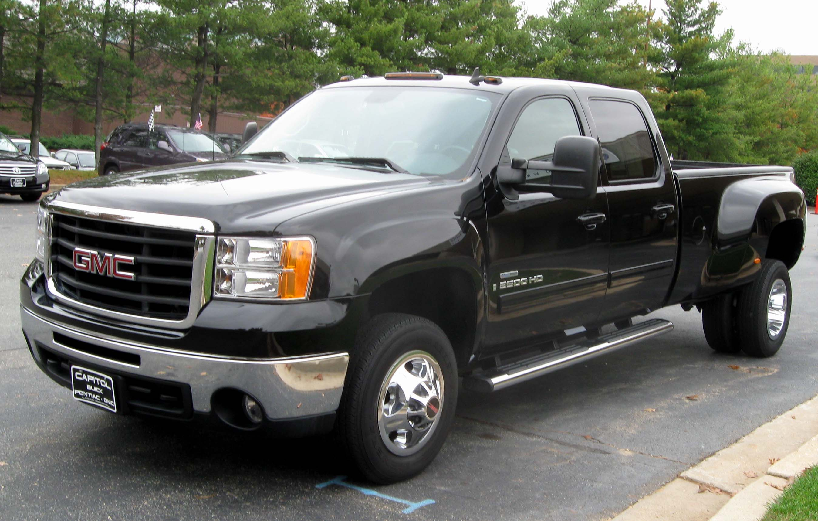 Description 2008 GMC Sierra 3500HD SLT crew cab -- 10-30-2009.jpg