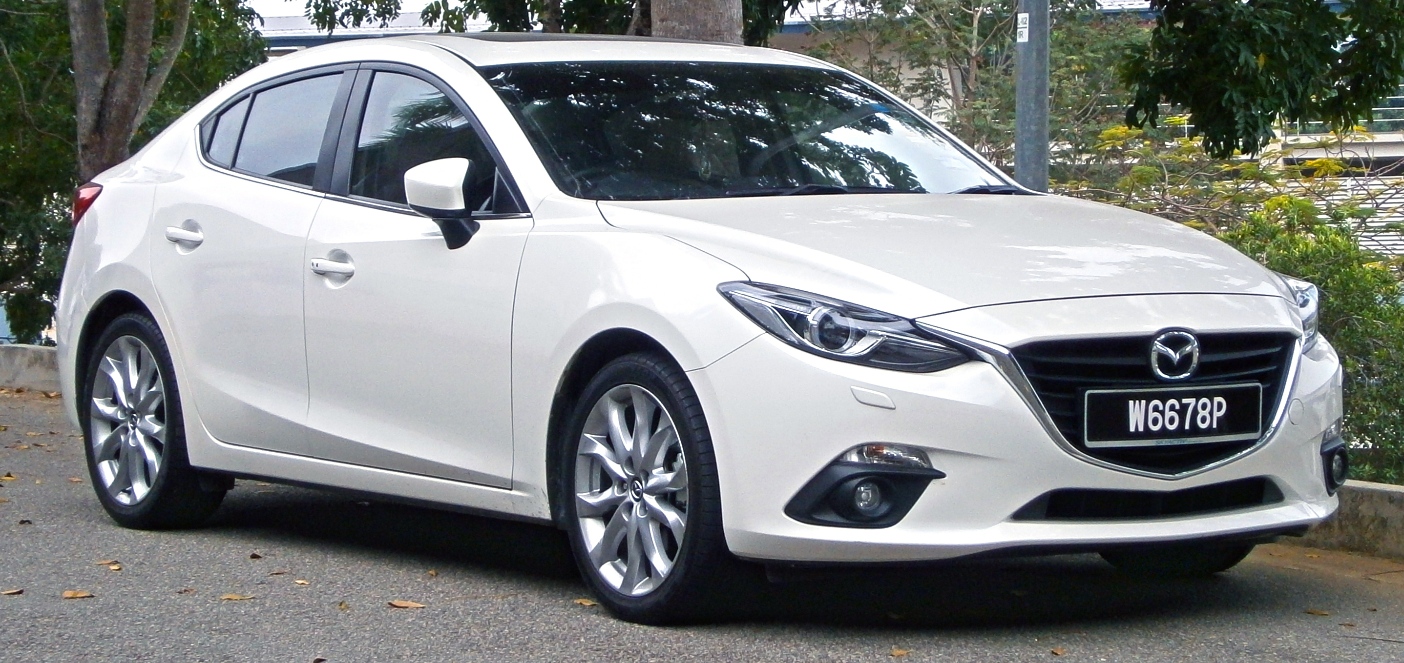 file:2014 mazda 3 sedan (bm) 2.0 skyactiv (cbu) 4-door sedan