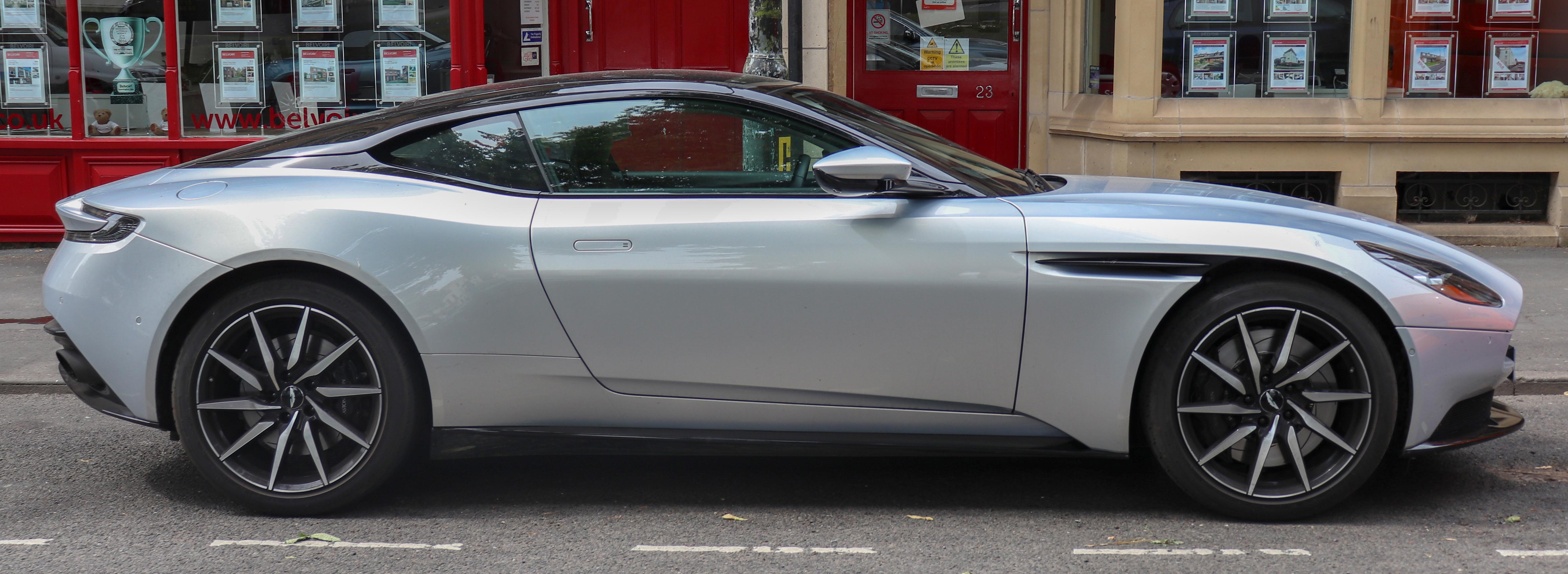 File 2018 Aston Martin Db11 V8 Automatic 4 0 Side Jpg Wikimedia Commons