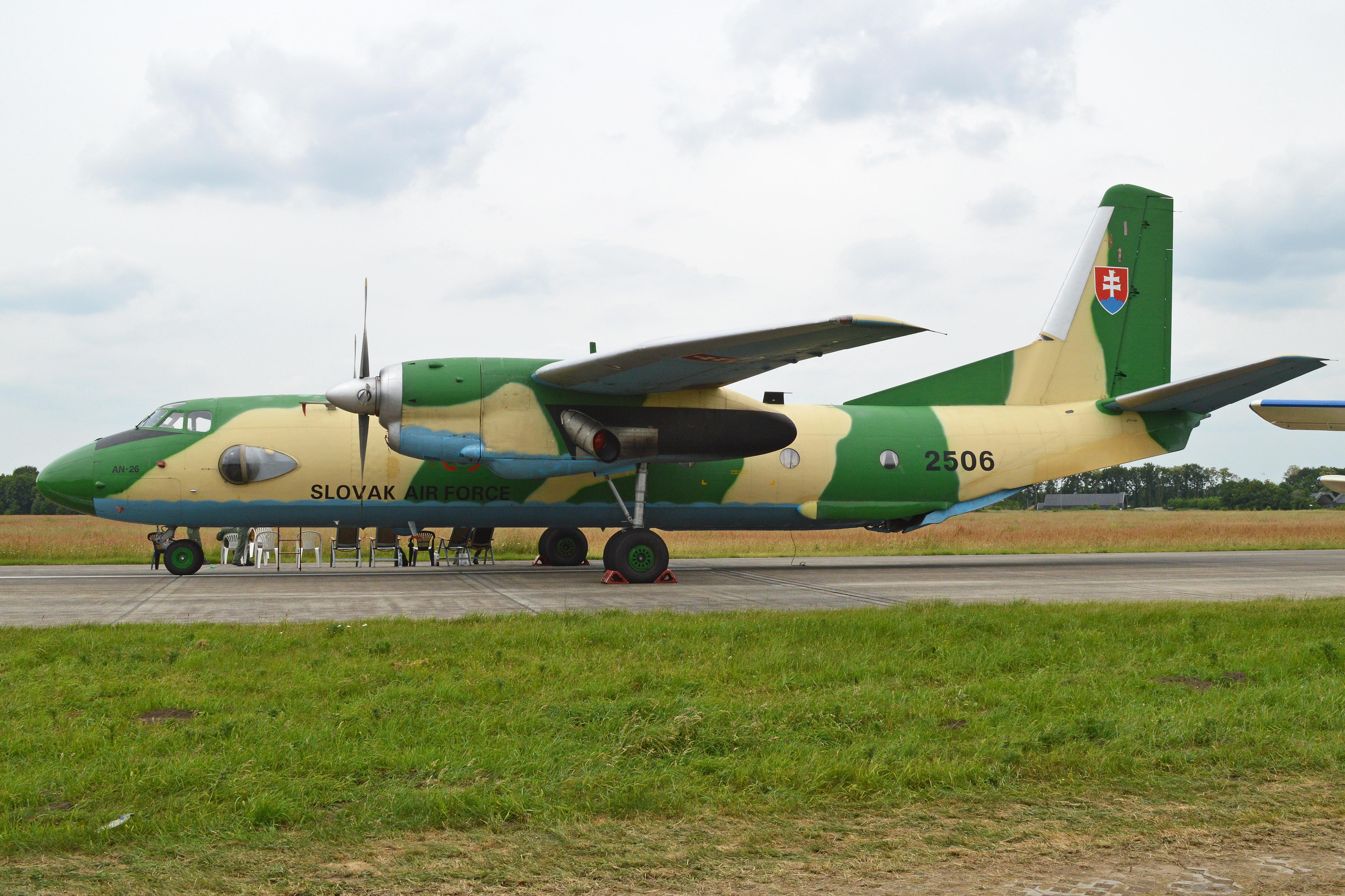 File:Antonov An26 Curl 2506 (9330294732).jpg