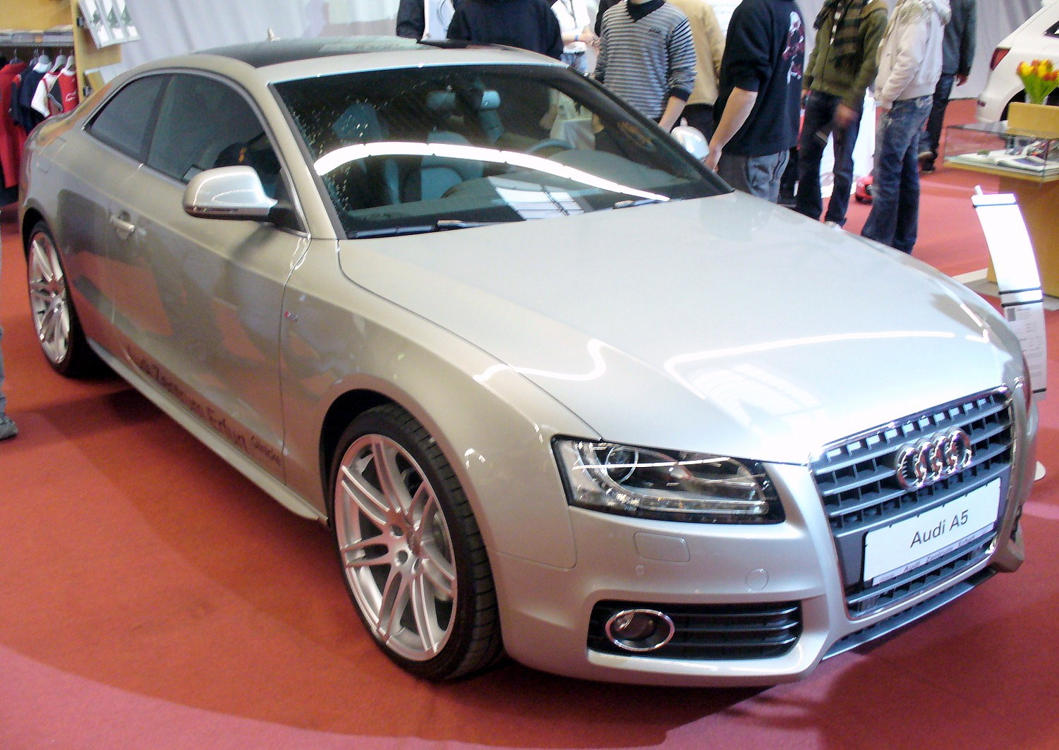 fichier audi a5 coup 2 7 tdi s line jpg wikip dia. Black Bedroom Furniture Sets. Home Design Ideas