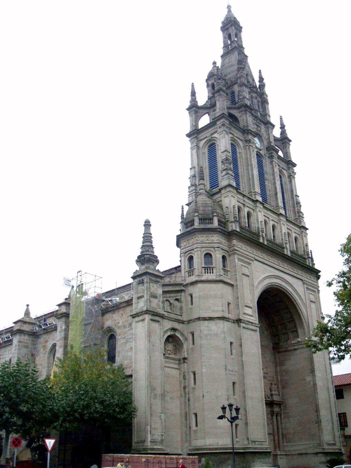 File:Bilbao - Basilica de Begoña 14.JPG - Wikimedia Commons