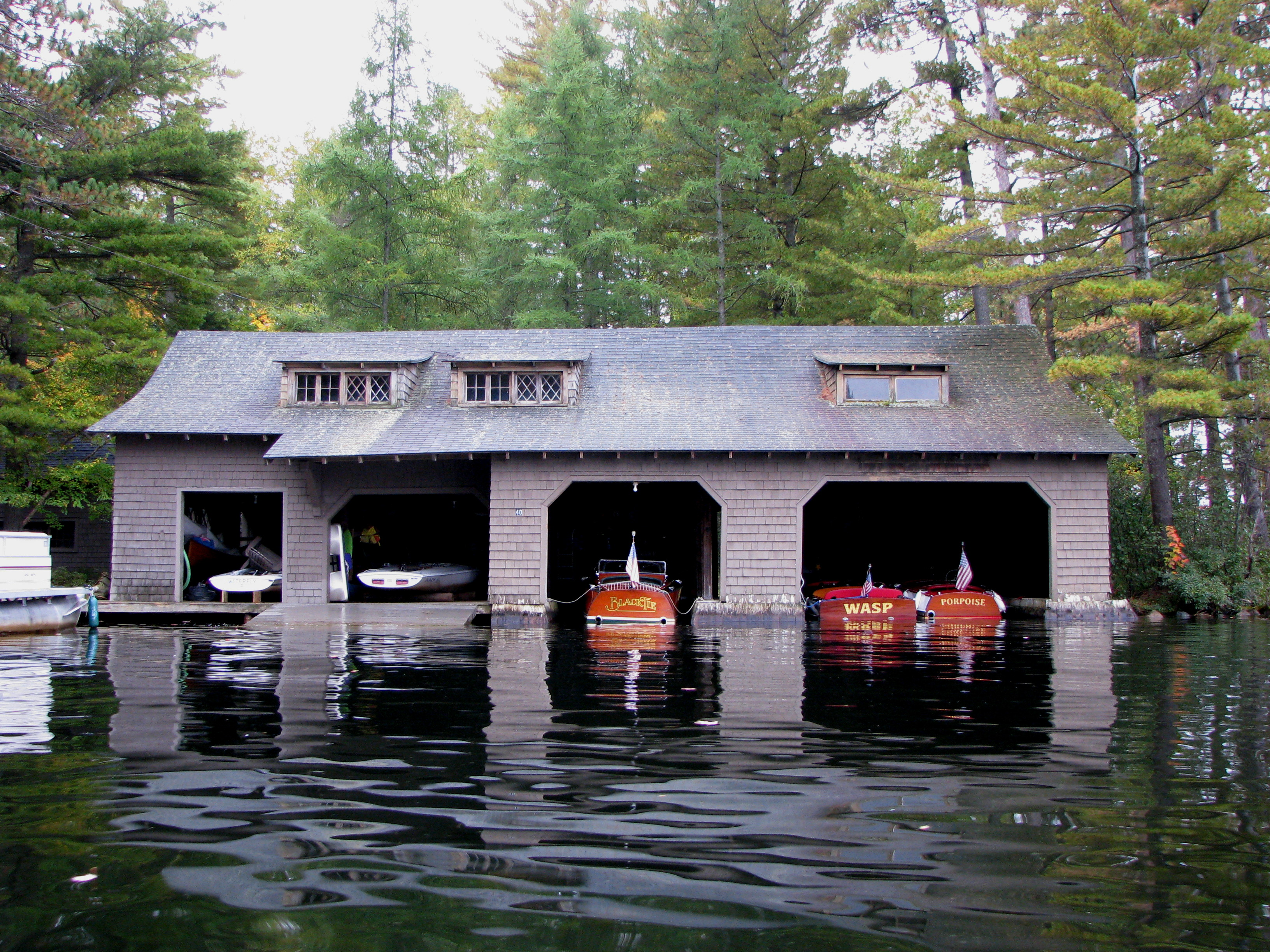 File boathouse at camp wild air upper st regis lake ny Lake house builders