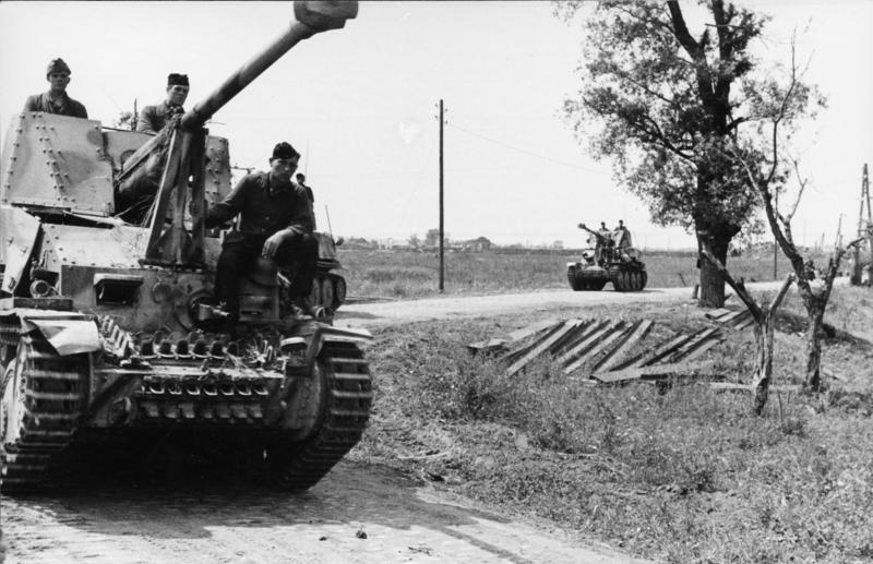 A column of Marder IIIs
