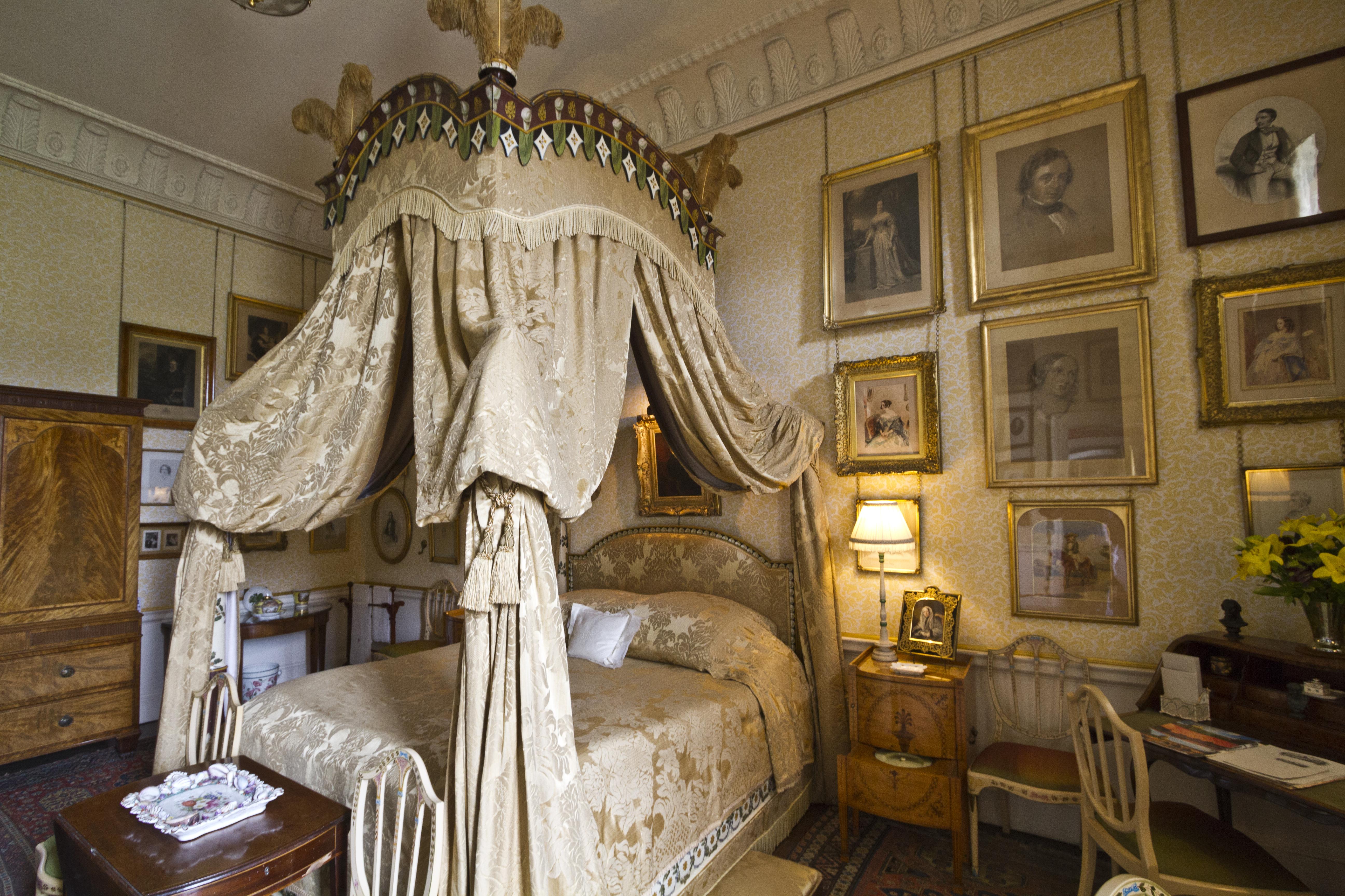 Image Result For Victorian Bedroom Designs