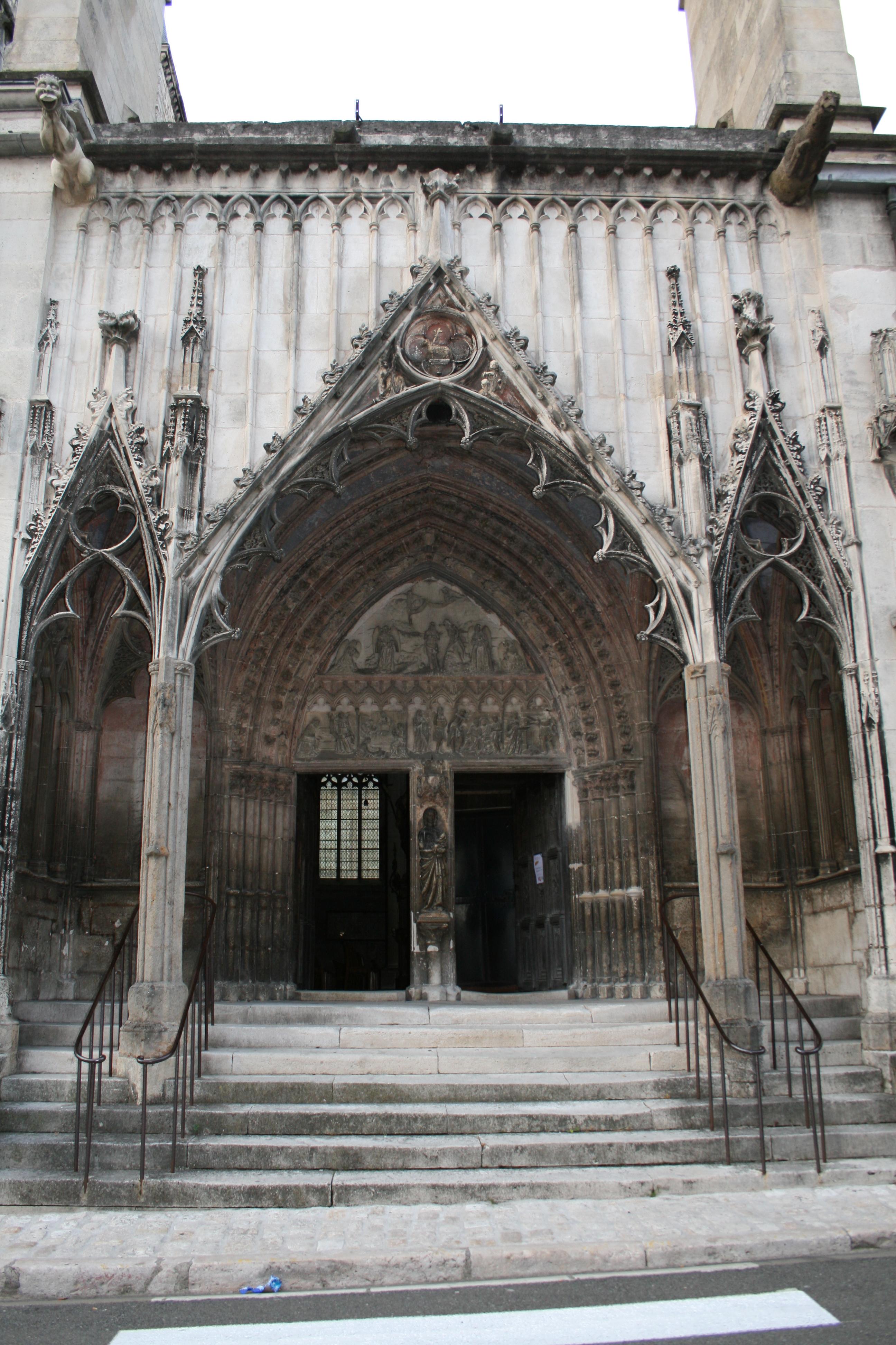 """Résultat de recherche d'images pour """"basilique grand pardon chaumont"""""""
