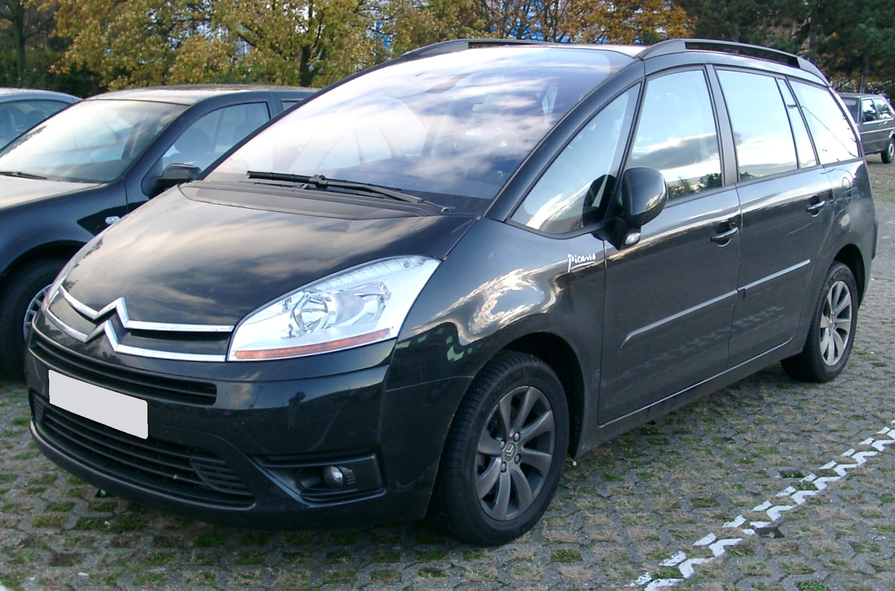 f jl citroen c4 grand picasso front wikip dia. Black Bedroom Furniture Sets. Home Design Ideas