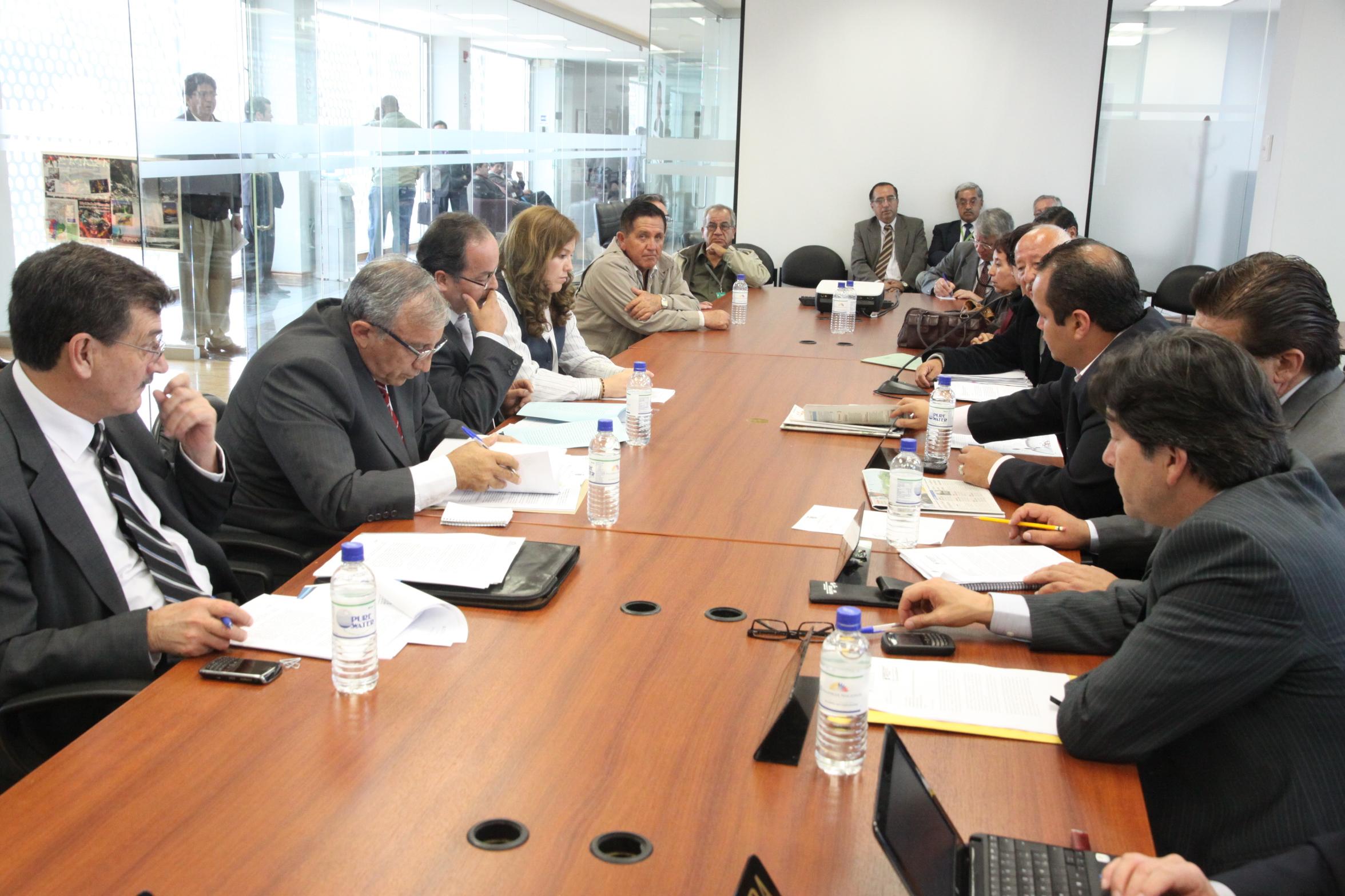 Participación Ciudadana y Control Social recibe a ministro de Recursos no Renovables, Wilson Pástor; el gerente de Petroecuador, Manuel Zapater; y, el viceministro