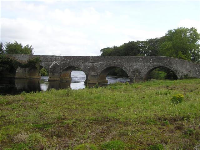 File:Crew Bridge - geograph.org.uk - 1478541.jpg