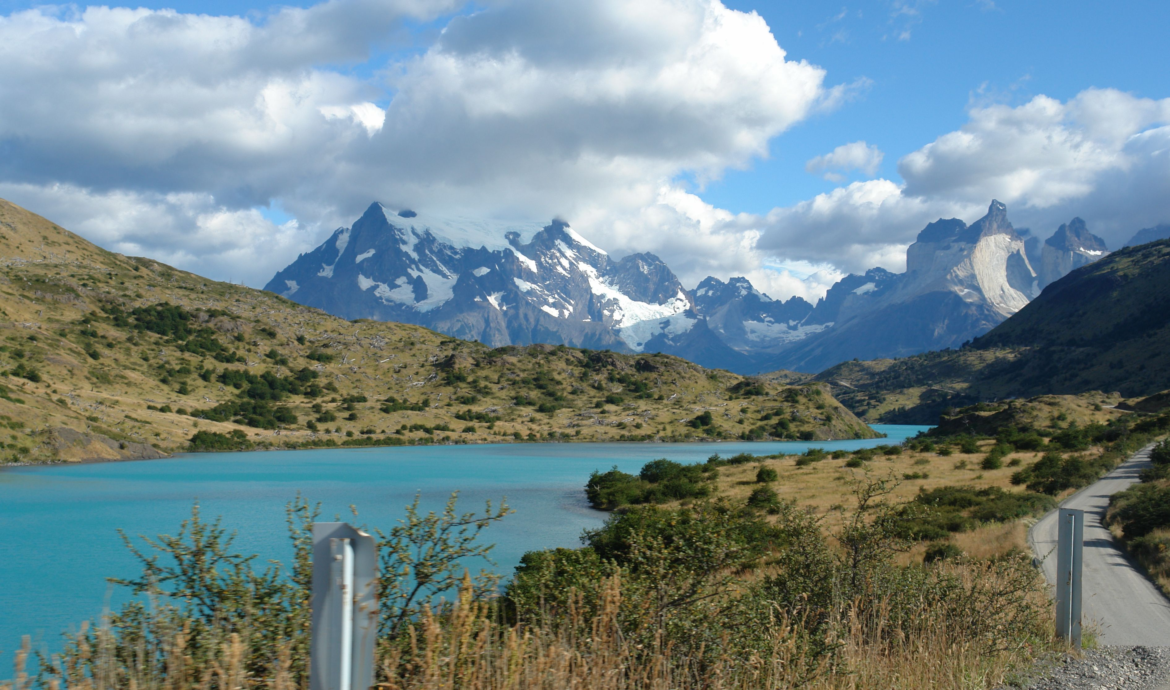 File Driving Beside Rio Paine Torres Del Paine National