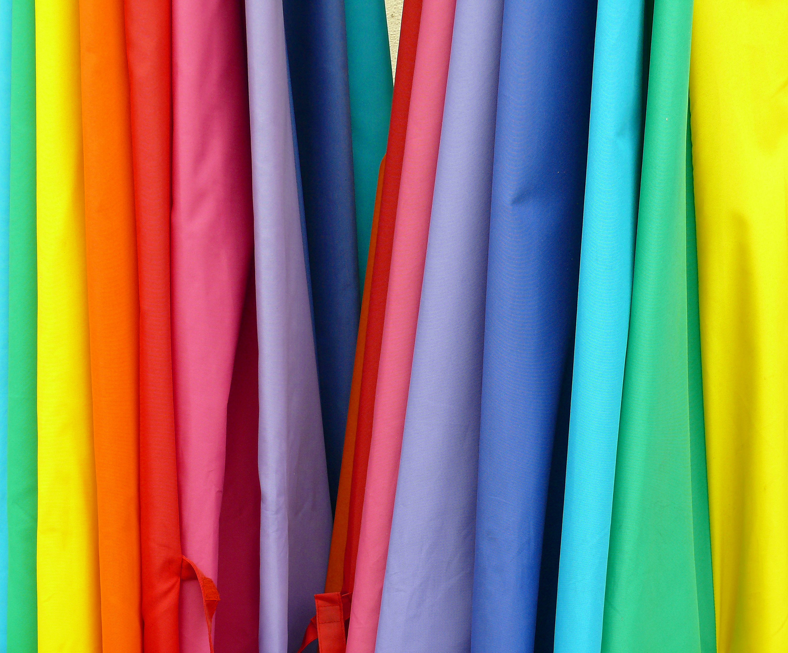 Rainbow colors in order list for Where to order fabric