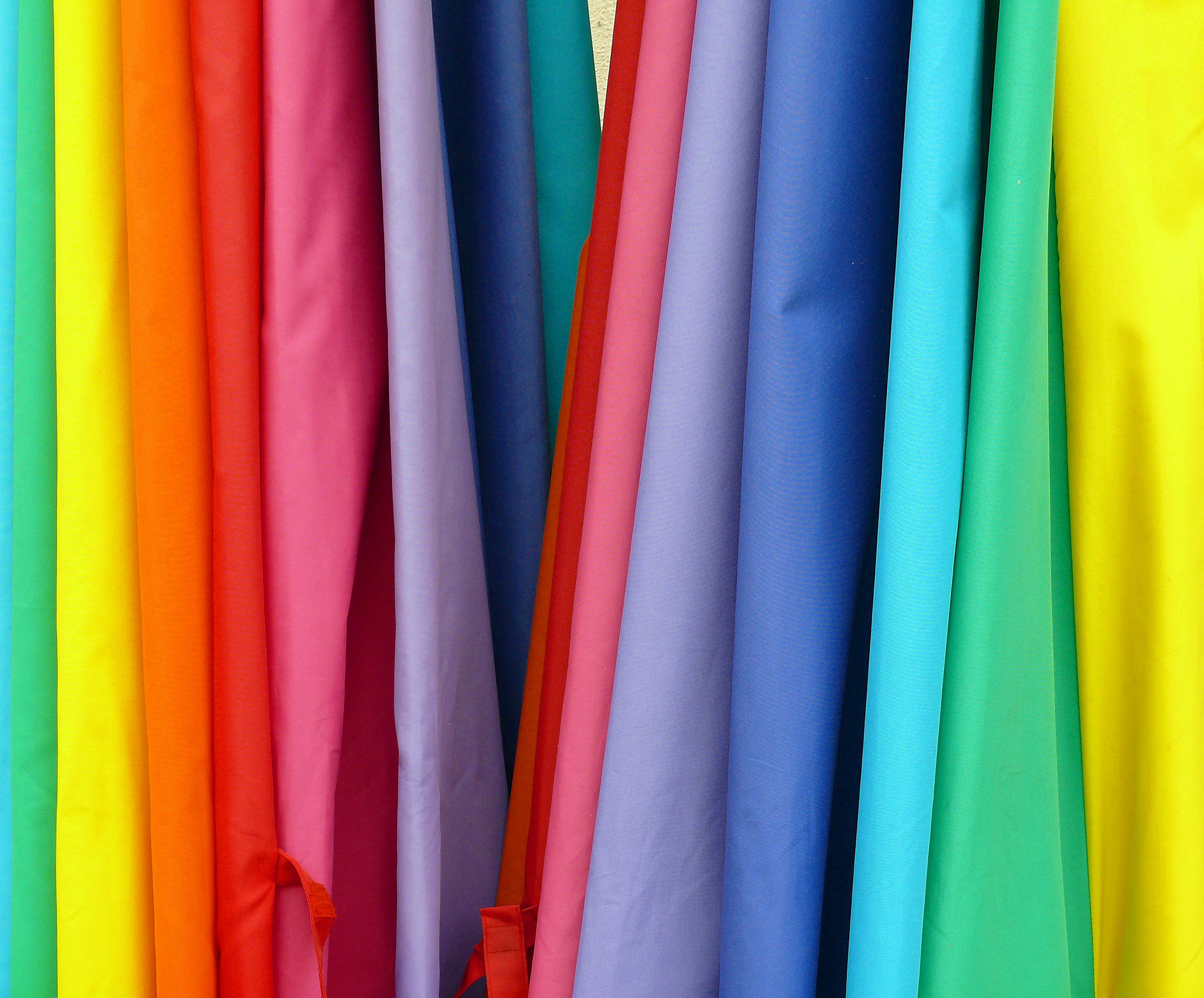 Description Fabric Rainbow Colors.jpg