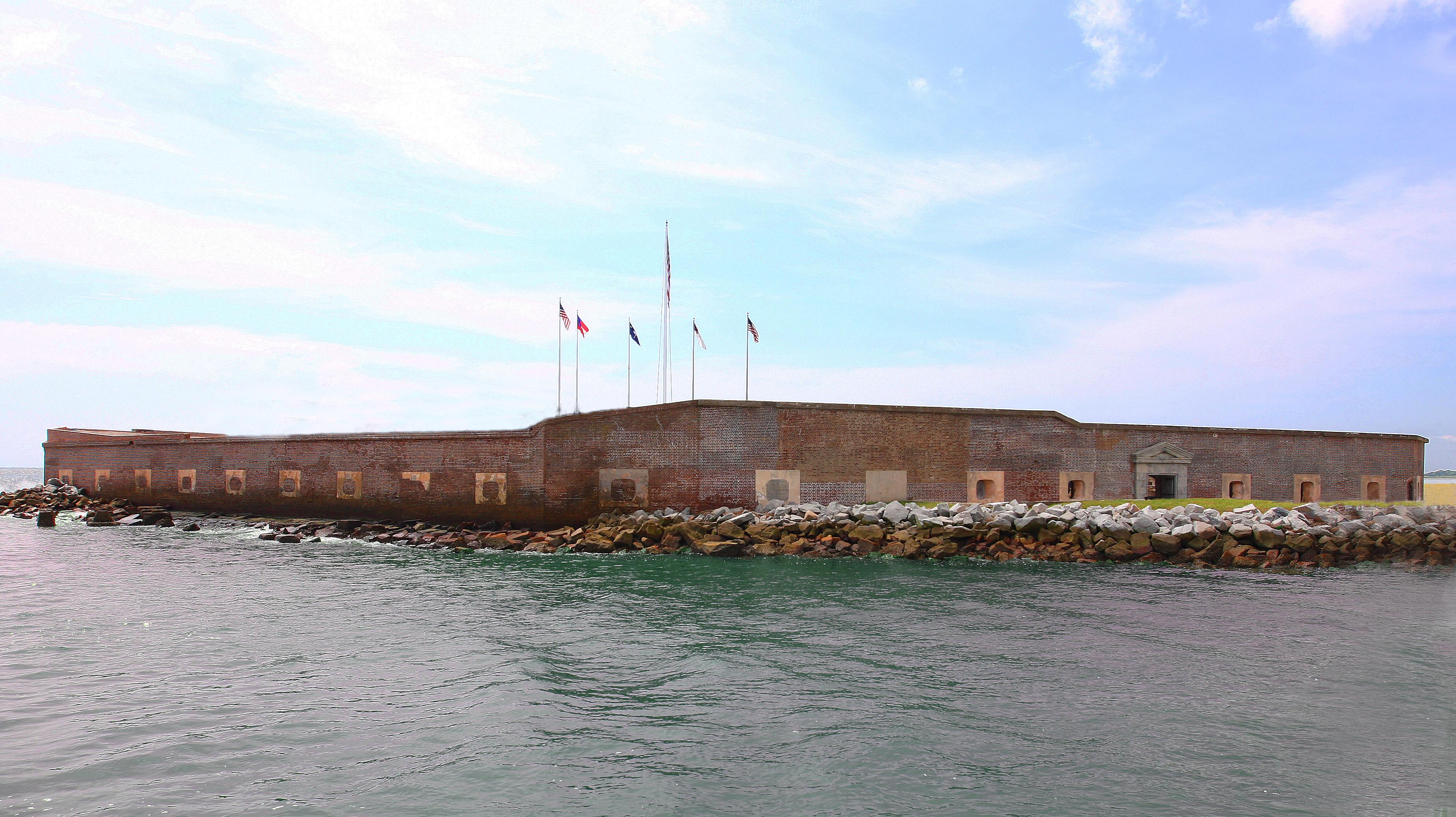 File:Ft. Sumter inside ground 2.jpg - Wikimedia Commons
