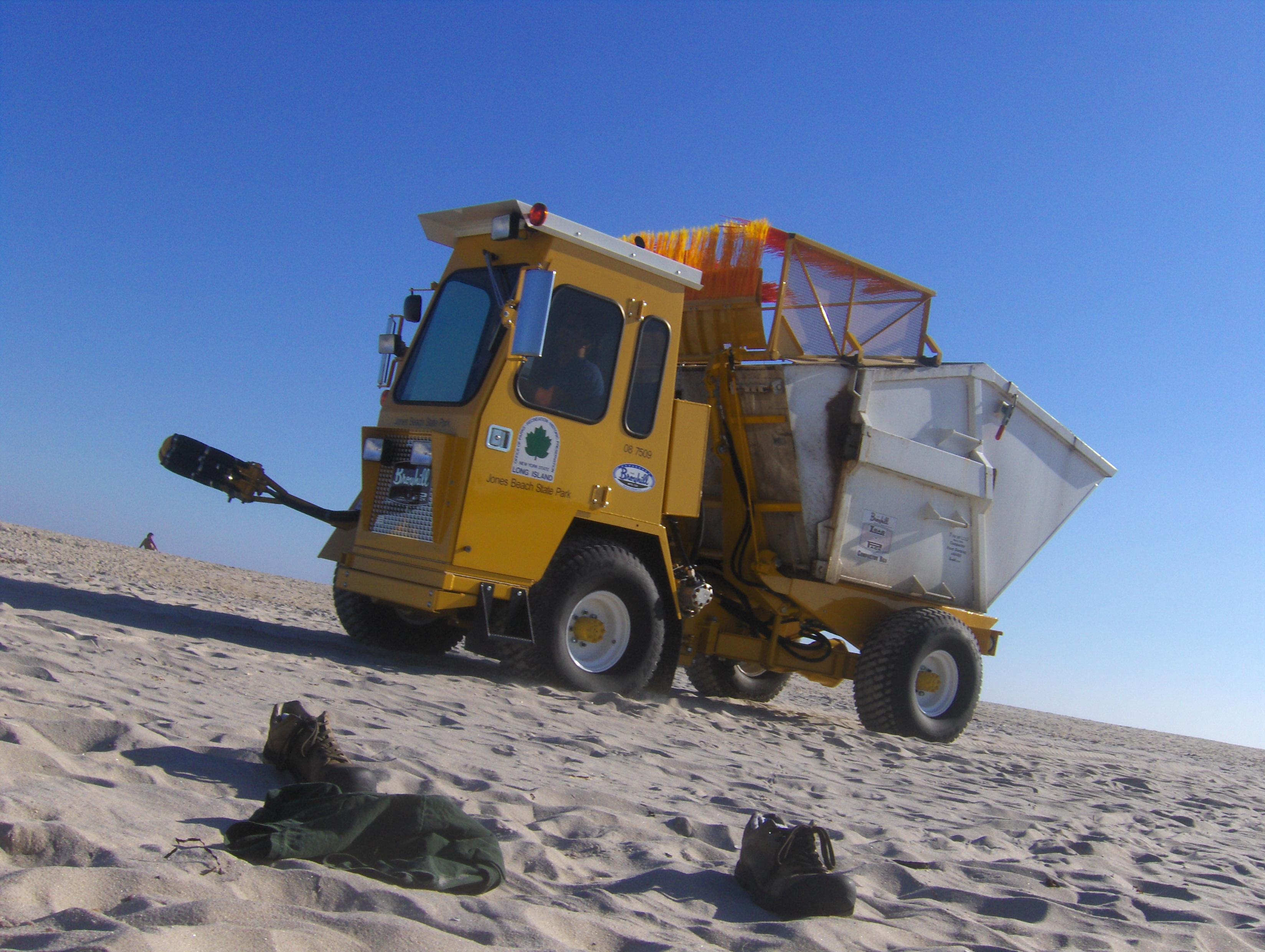 File Garbage Truck Jonas Beach State Park Jpg Wikimedia