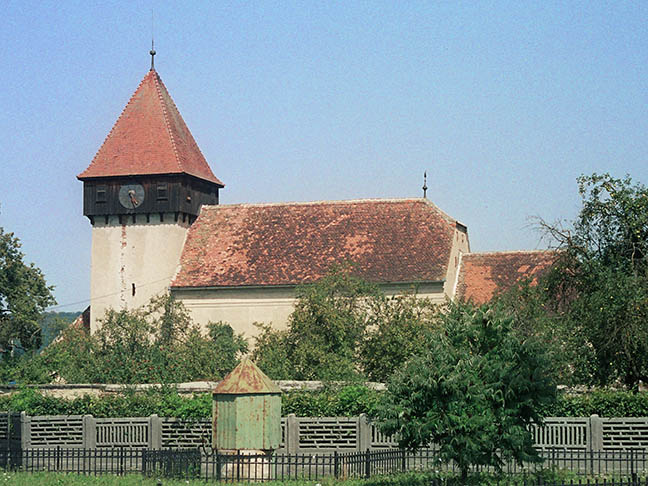 Biserica fortificată din Bradu
