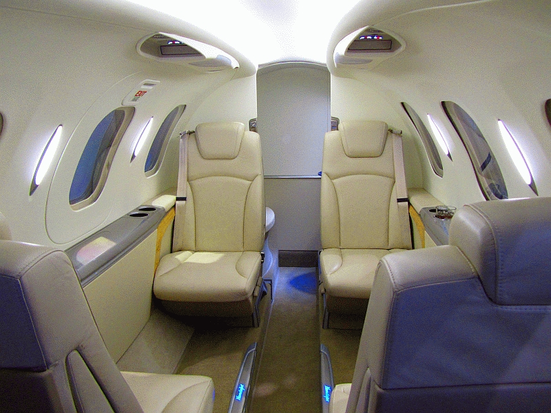 File hondajet interior wikimedia commons for Honda private jet