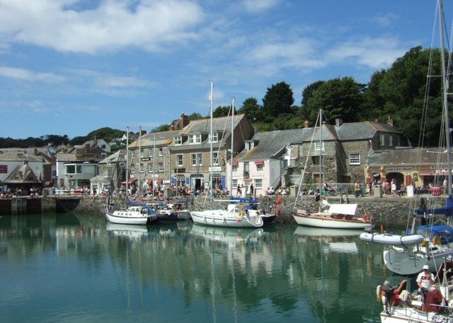 File:Inner Harbour, Padstow - geograph.org.uk - 936422.jpg