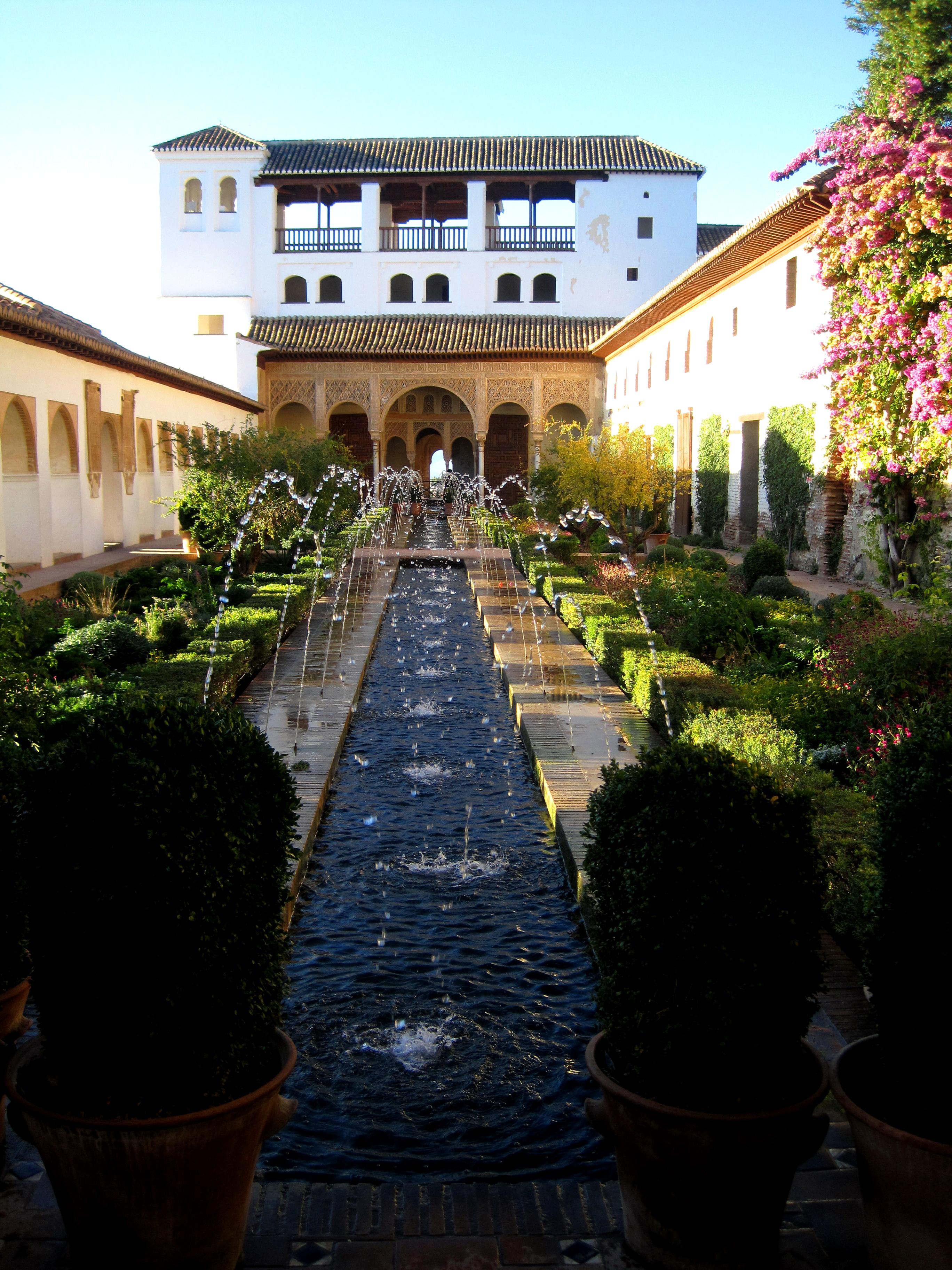 File jardines interior de el generalife la alhambra for Jardines generalife