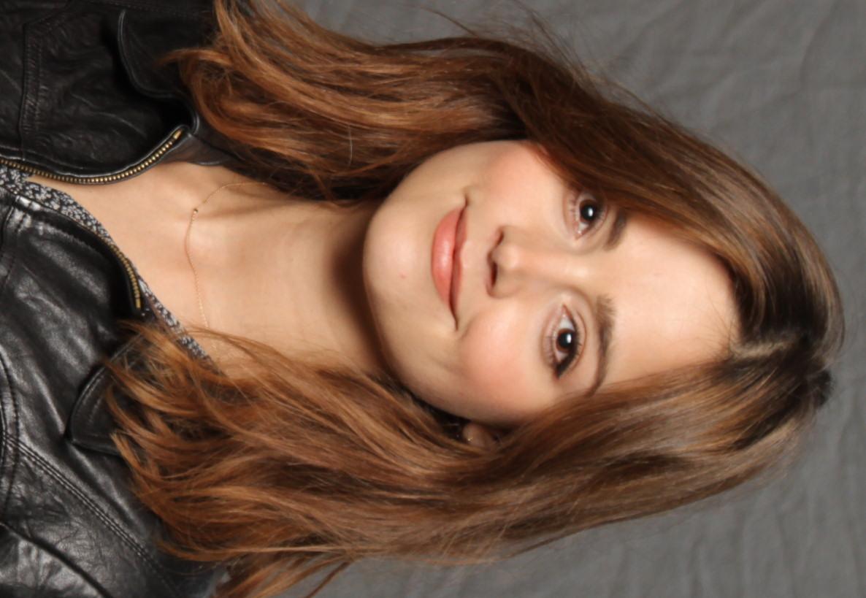 De 32-años, 157 cm de altura Jenna Coleman en 2018 foto
