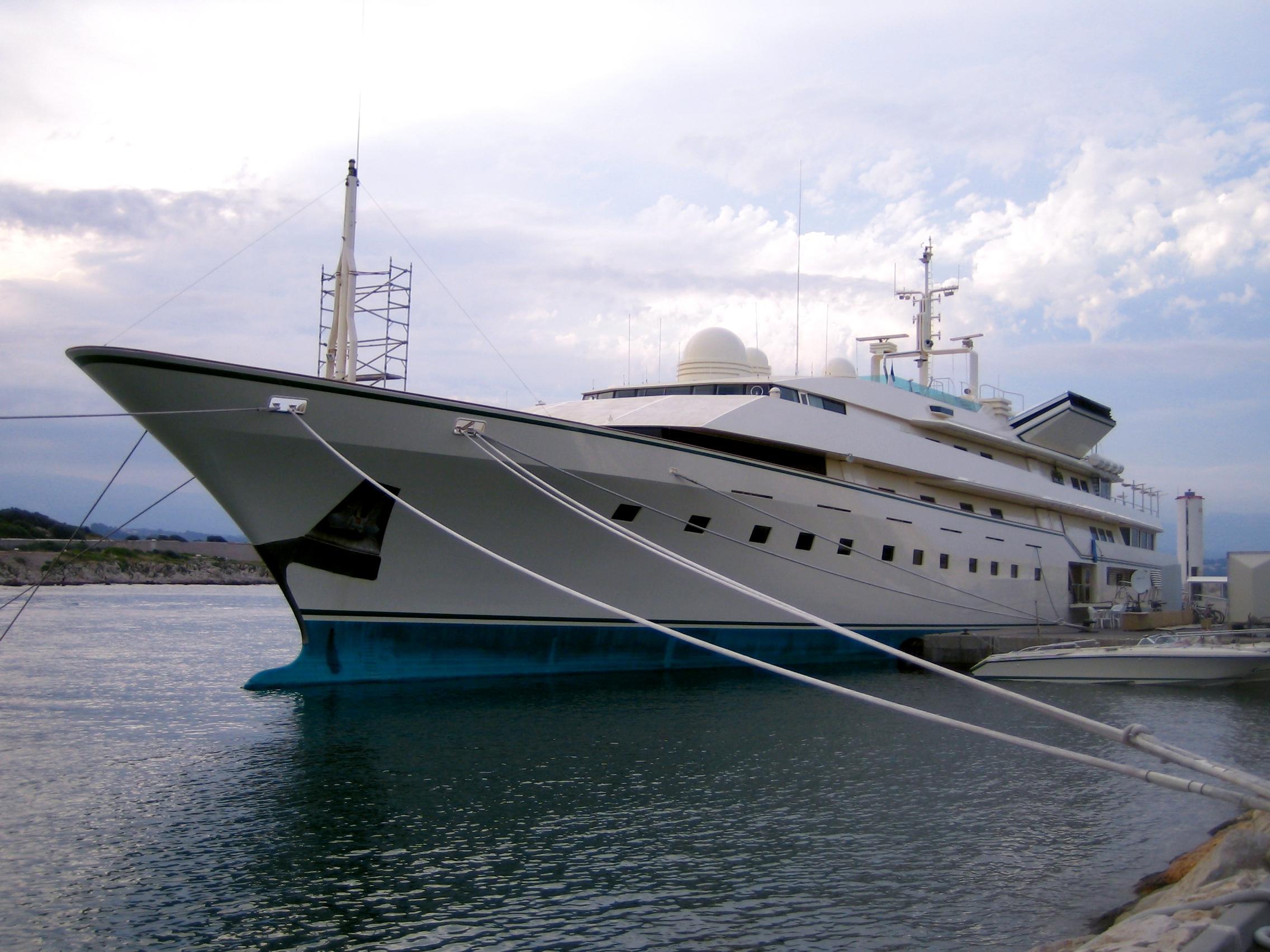 the gallery for gt adnan khashoggi yacht