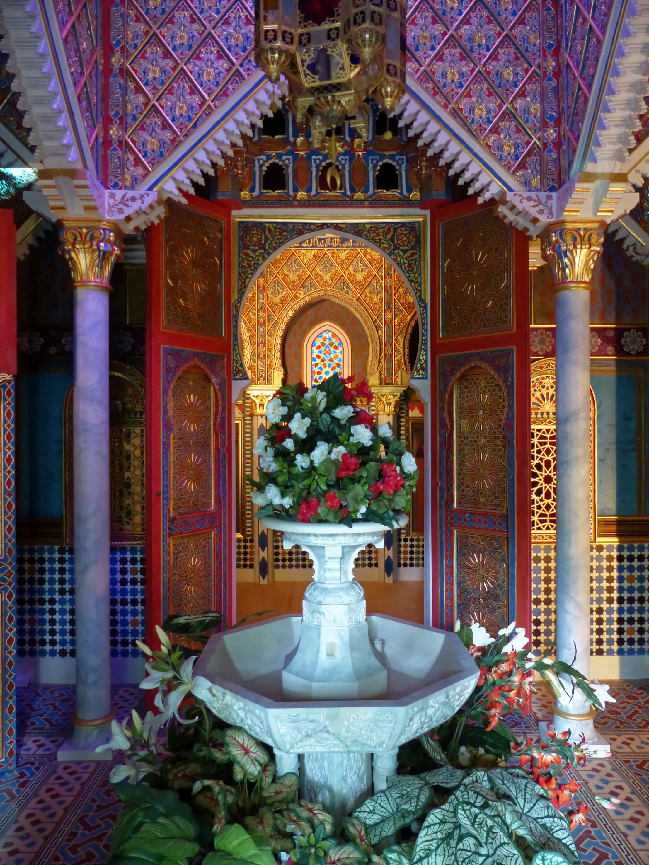 File:Linderhof Marokkanisches Haus Interieur.jpg - Wikimedia Commons