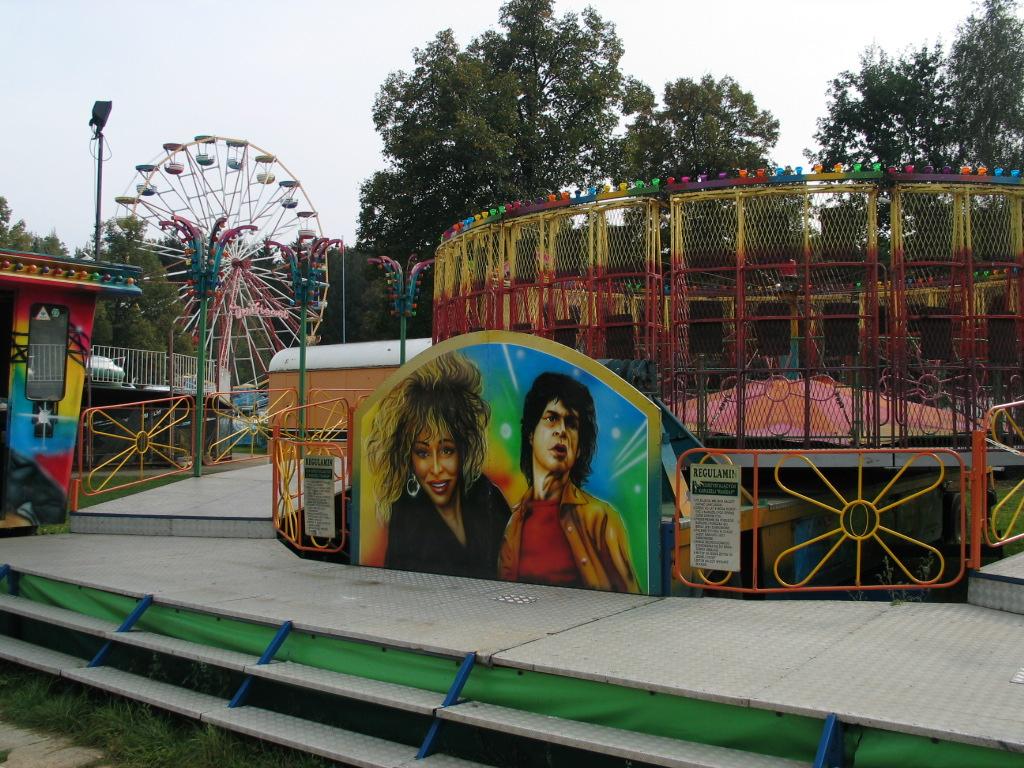 Lunapark d wikipedia for Puerta 9 luna park