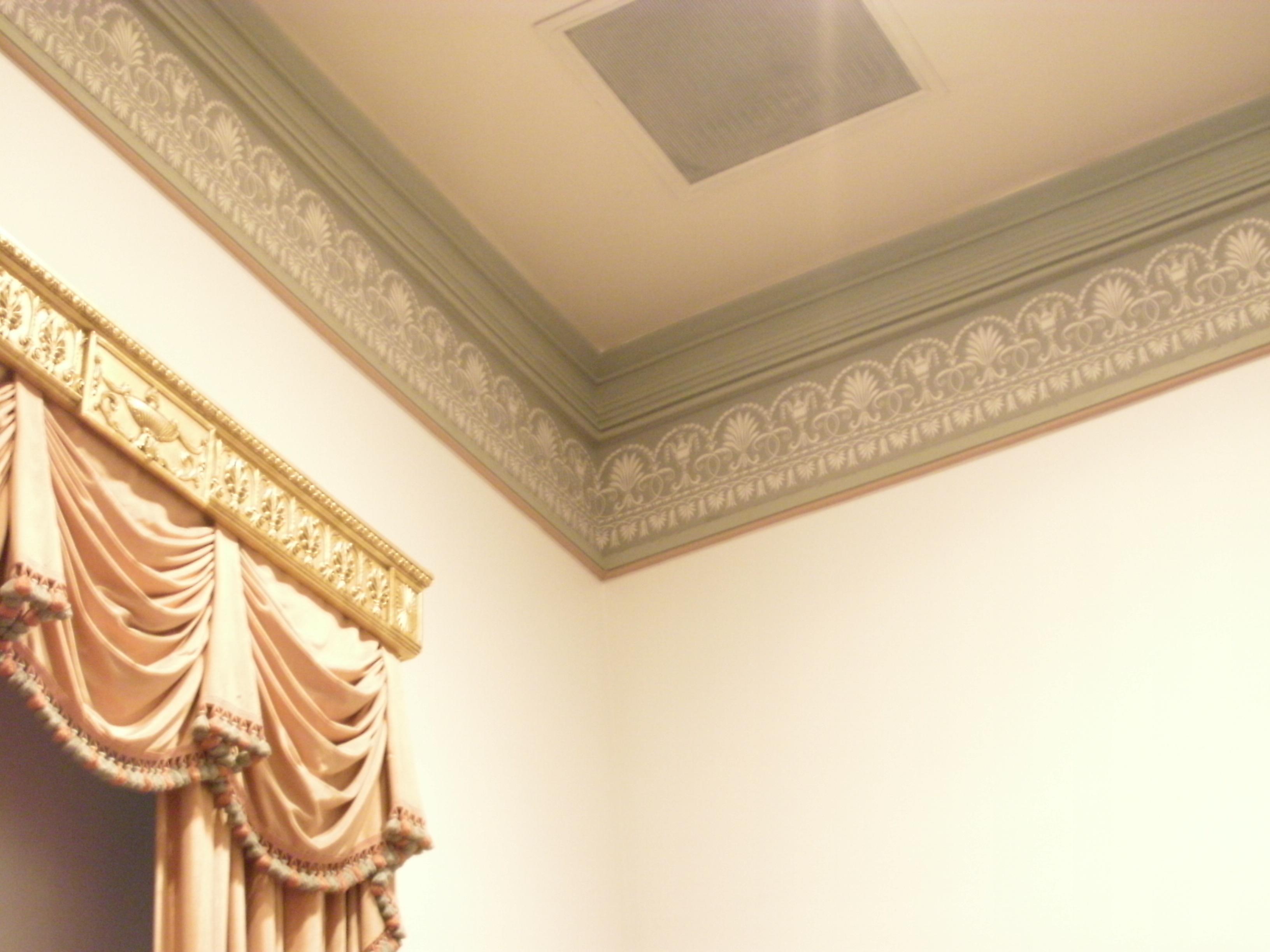 File:Lyceum - ceiling molding, Alexandria, VA.jpg