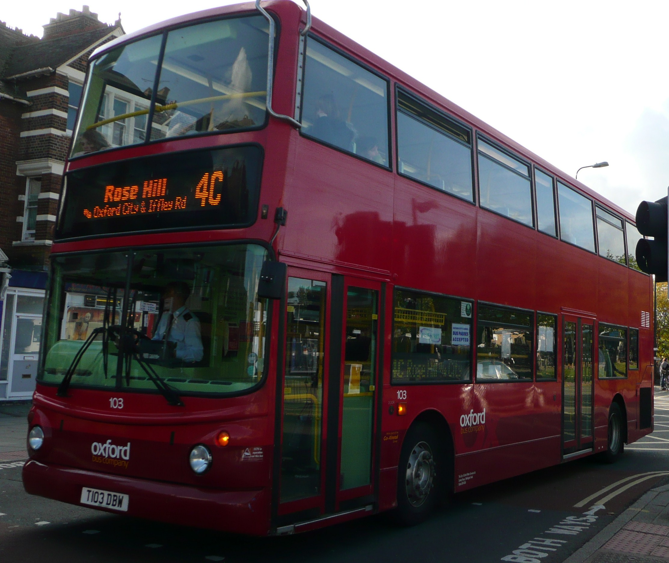 Buses in your hometown - Seite 5 Oxford_Bus_Company_103