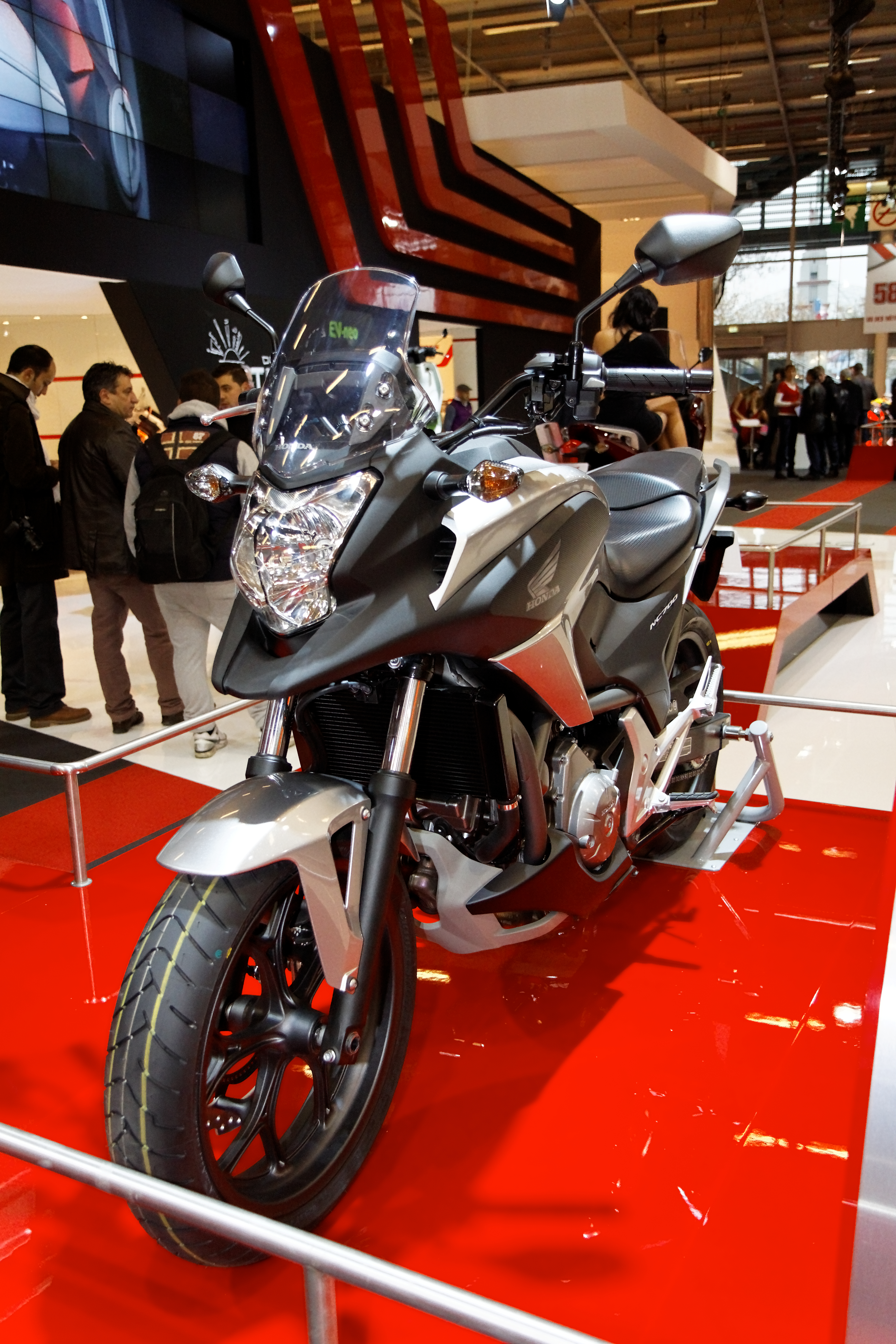 File paris salon de la moto 2011 honda nc 700 x - Salon de la moto 2014 ...