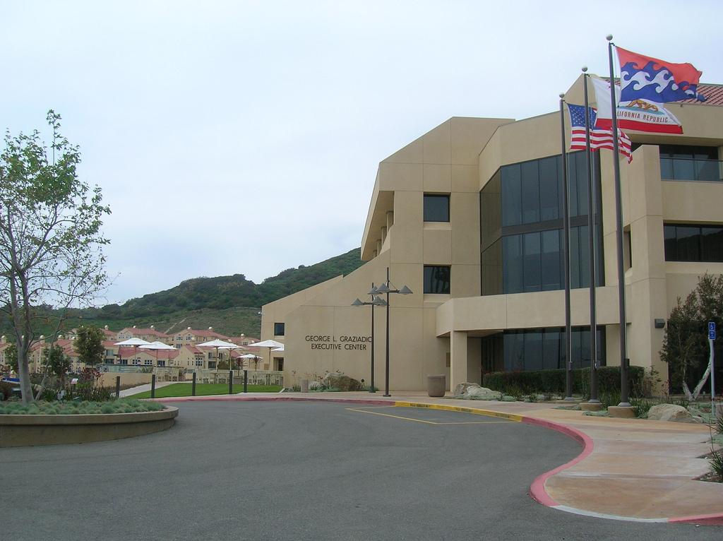 santa clara university essay prompt 2012