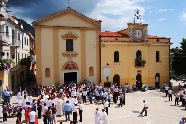 File:Piazza SAndrea Trivio 6 Agosto Festa Madonna della Croce.jpg