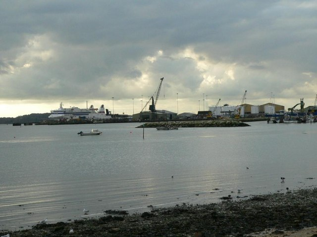 Poole Docks from Baiter - geograph.org.uk - 342661