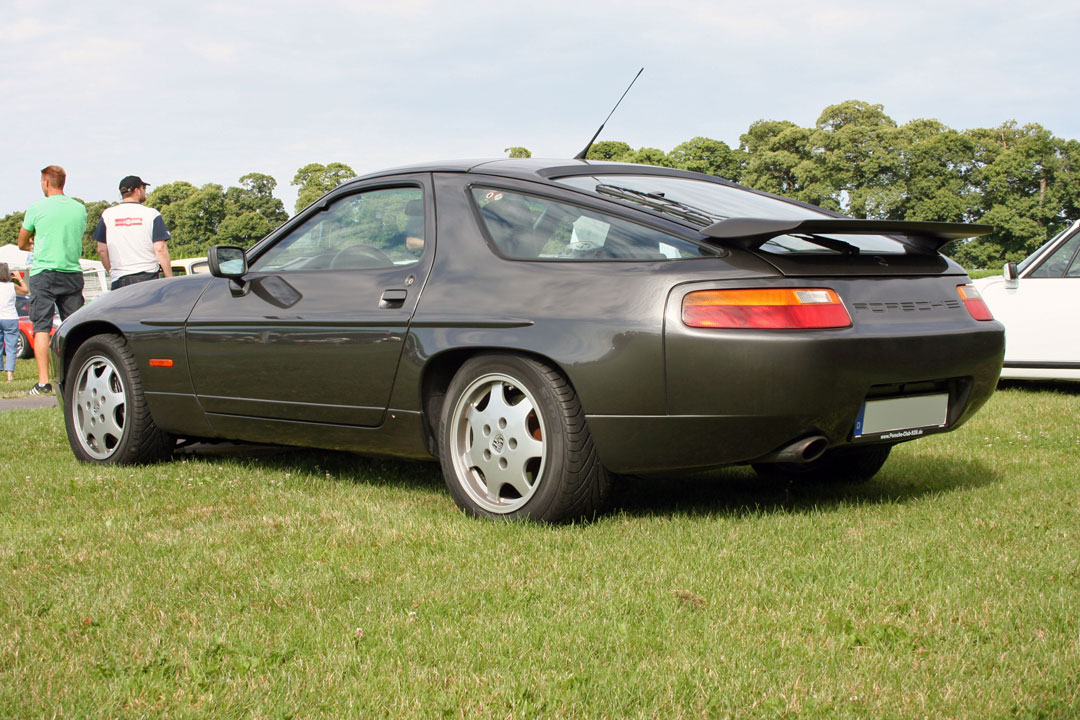 file porsche 928 s4 rear wikimedia commons. Black Bedroom Furniture Sets. Home Design Ideas