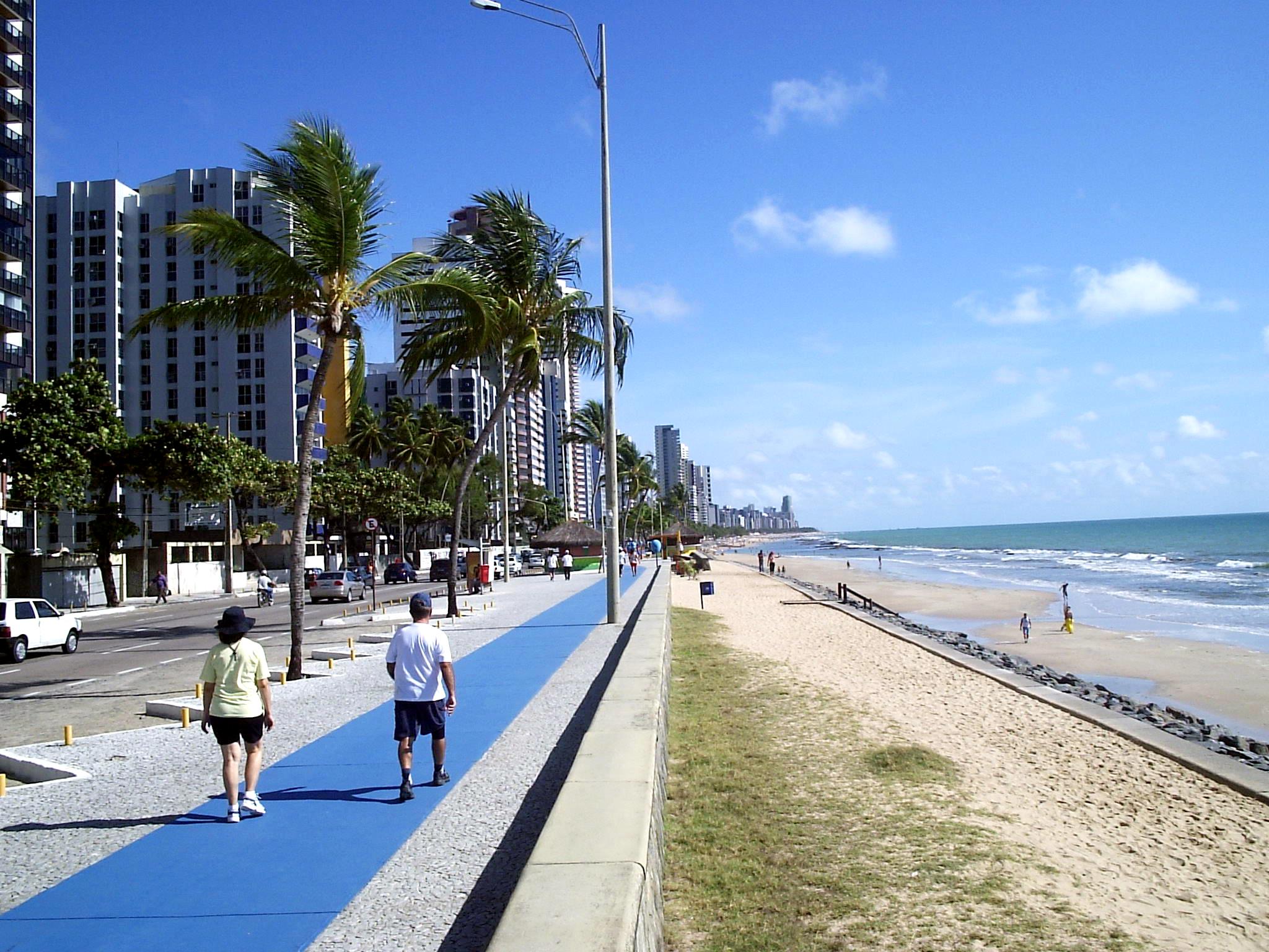 Brazil - Page 12 Recife-Boa-Viagem-Orla