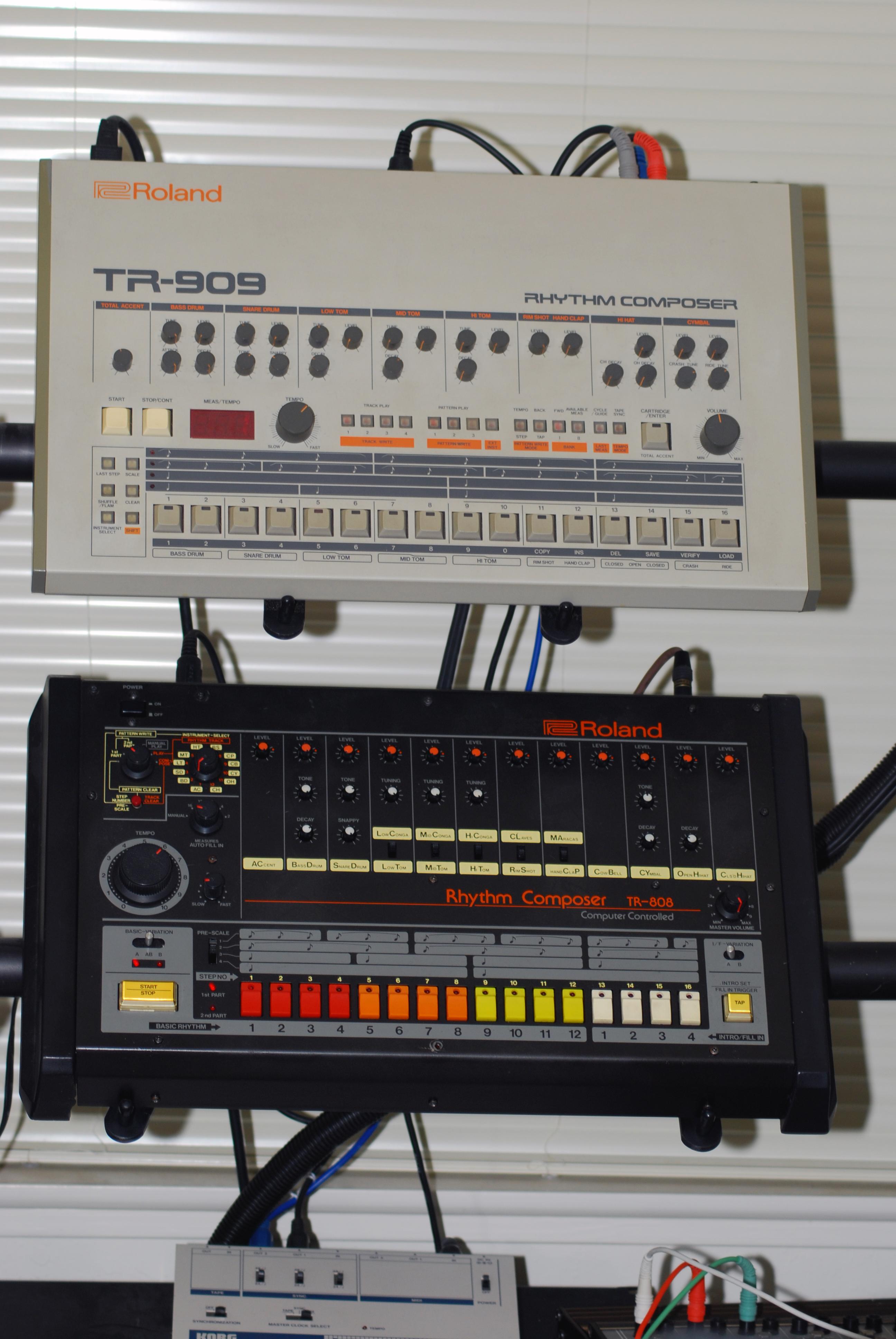File:Roland TR-808 & 909.jpg