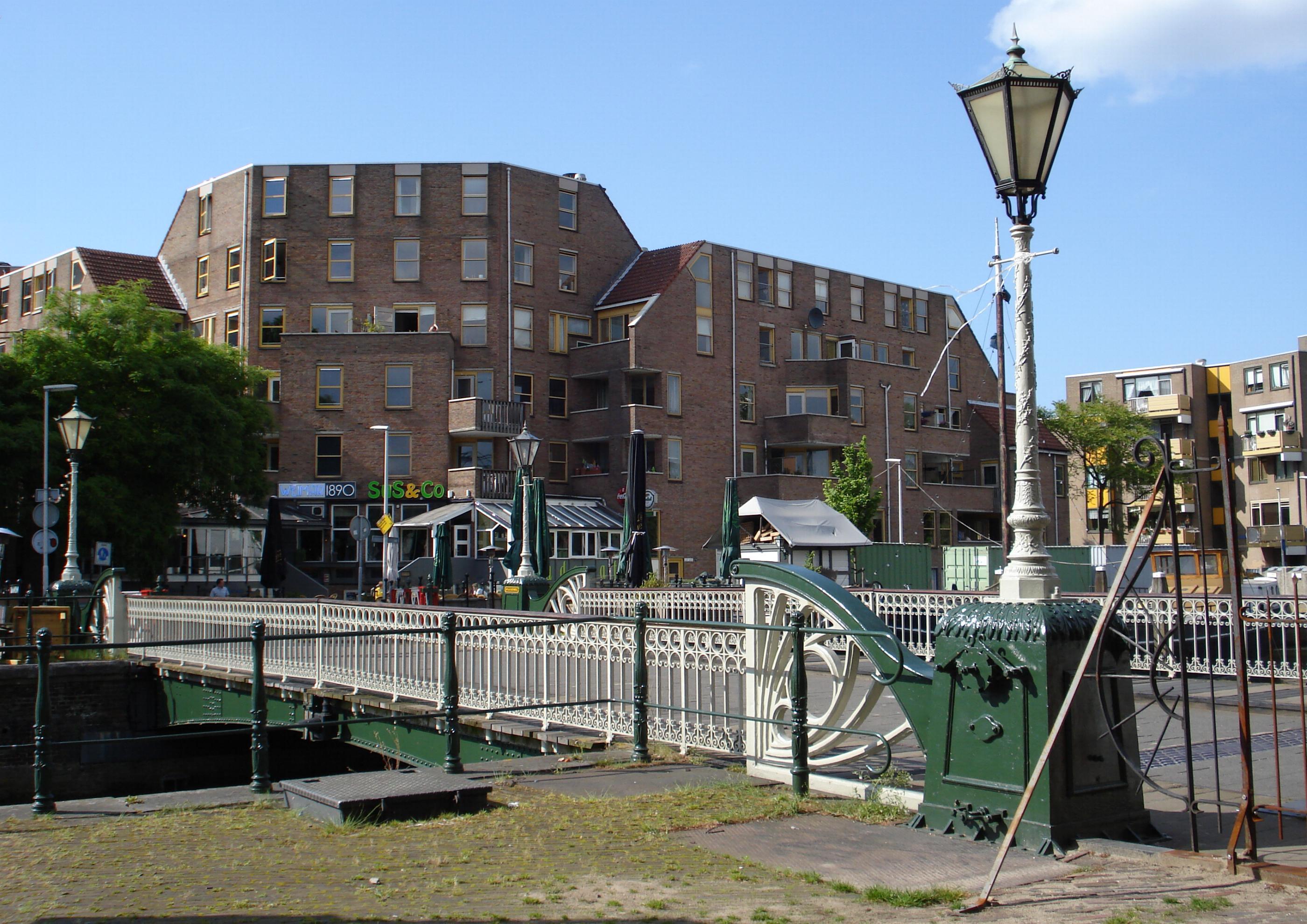 Spanjaardsbrug in rotterdam monument for De lantaarn rotterdam